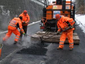 Opravy silnic v zime 0151