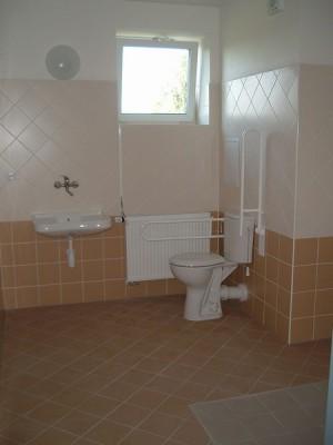 Dům s chráněnými byty - koupelna
